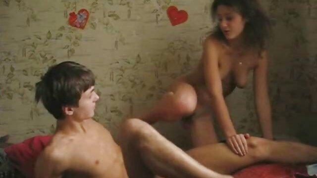 O gótico do BurningAngel fodeu-lhe o melhor vídeo pornô do mundo rabo.