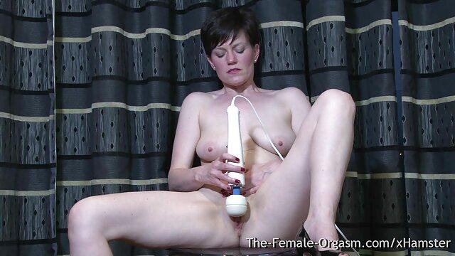 A Arisa fode-se com melhores videos de porno hd uma banana e vem-se