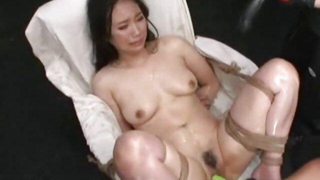 Uma Russa gira fode um os melhores videos pornos do mundo tipo excitado.