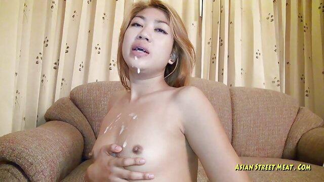 Reality Kings-uma jovem e Boazona rapariga branca com um vídeo pornô com pênis maior do mundo rabo grande e chique precisa de uma pila grande