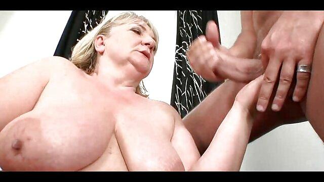 Alto e bonito fodem-lhe o melhor video porno de todos o rabo sem preservativo.
